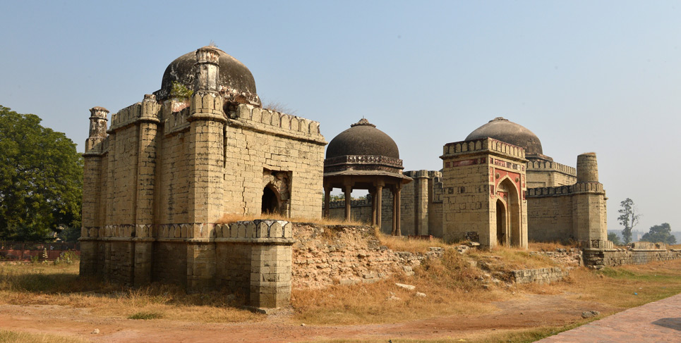 Group of Tombs & Mosques
